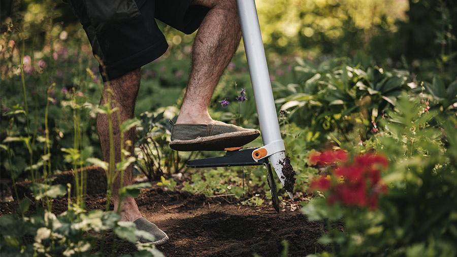 Plantoir à bulbles sur pied Fiscars Xact 1057077